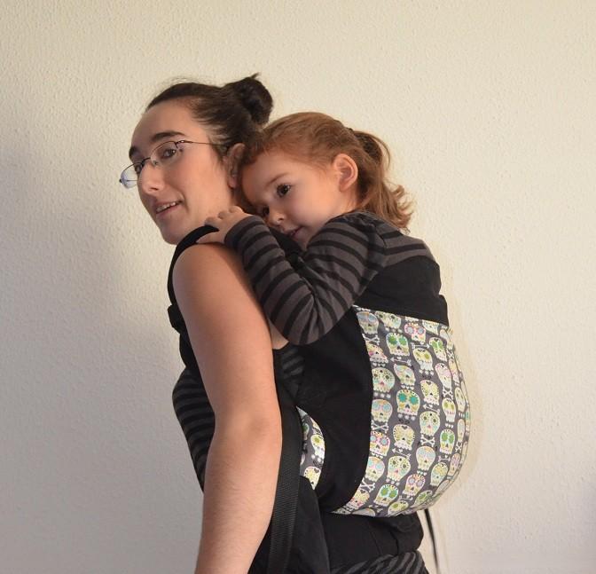 b6e6b05838be Fan de portage, votre bébé a bien grandi et vous désepérez de pouvoir le  porter encore dans un porte-bébé adapté à sa taille   Le Tula Toddler est  fait pour ...